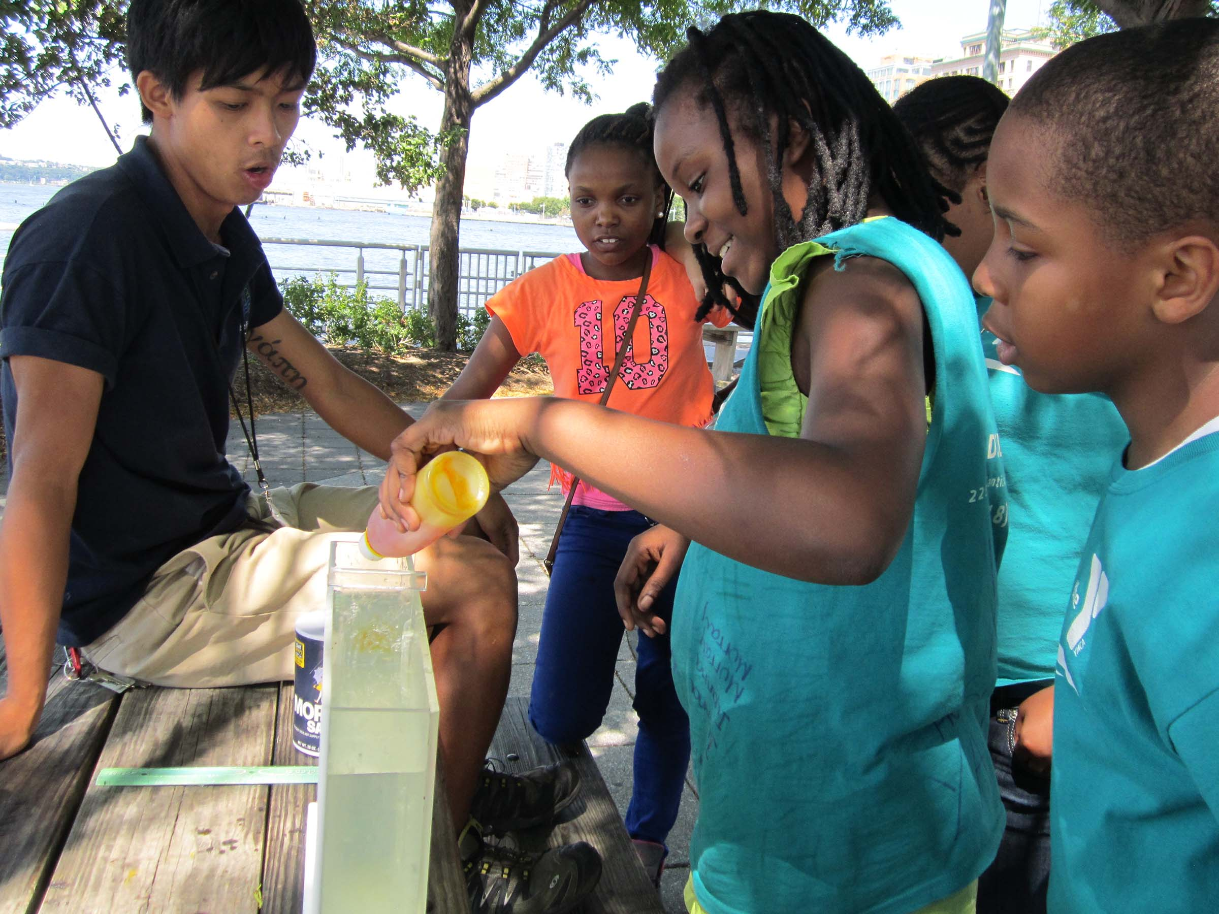 Kids learning about water density and fish biology