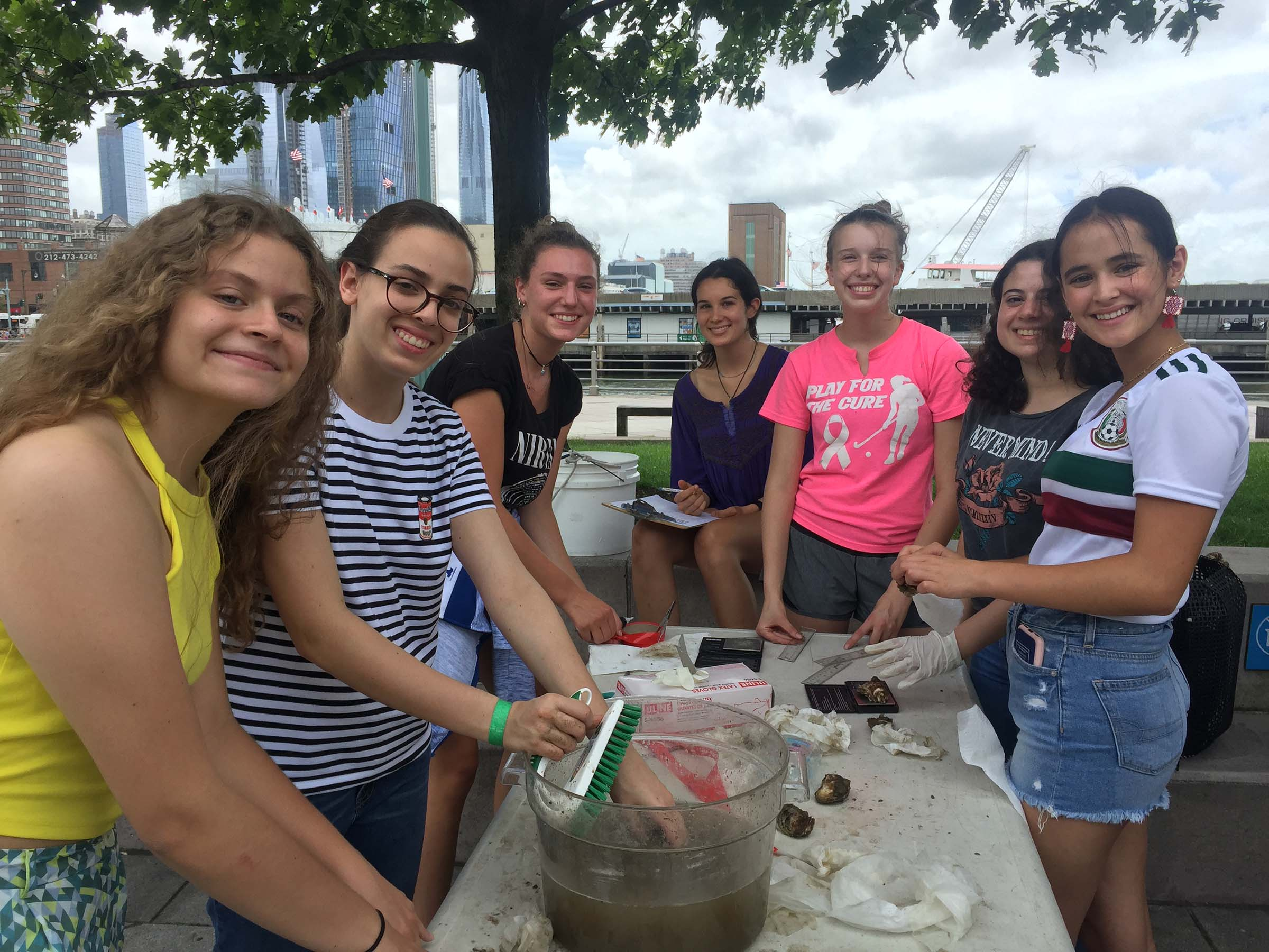 Students learn about Oyster ecology
