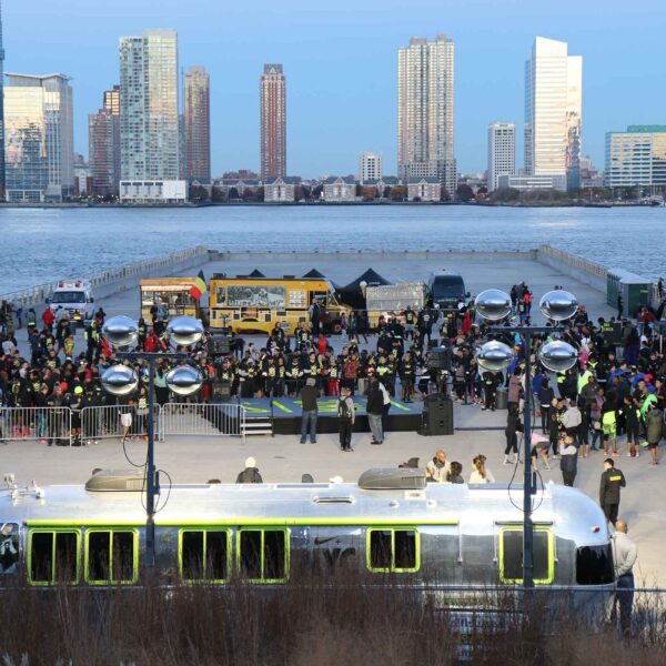 A running convention in Hudson River Park
