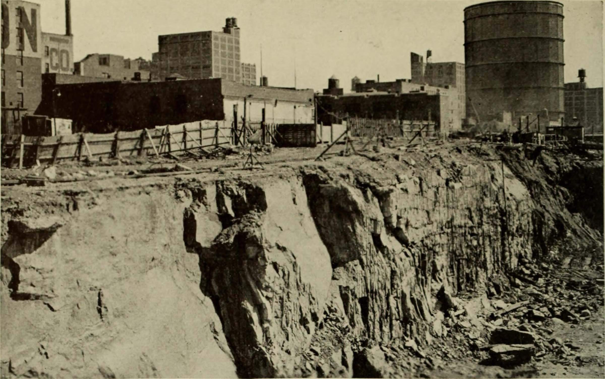 Historic image of the clay and rocks where the digging of the bulkhead occured
